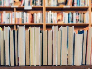 ¿Qué leen los creativos? 5 recomendaciones para el día del libro